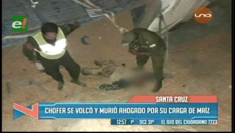 Saipina: Chofer volcó su camión y murió aplastado por su carga de maíz