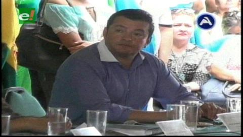 Johnny Fernández ya ejerce como concejal de Santa Cruz