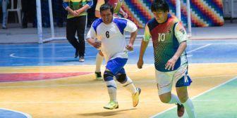Evo vuelve a jugar un partido de fútbol sala a más de 7 meses de su operación en la rodilla
