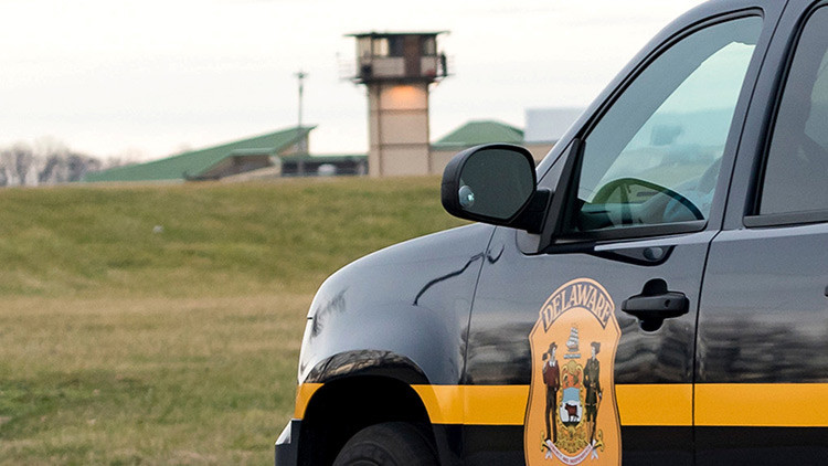 Toman como rehenes a guardas de prisión de máxima seguridad en Delaware, EE.UU.
