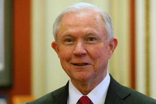Jeff Sessions es el nuevo fiscal general de los Estados Unidos (Reuters)