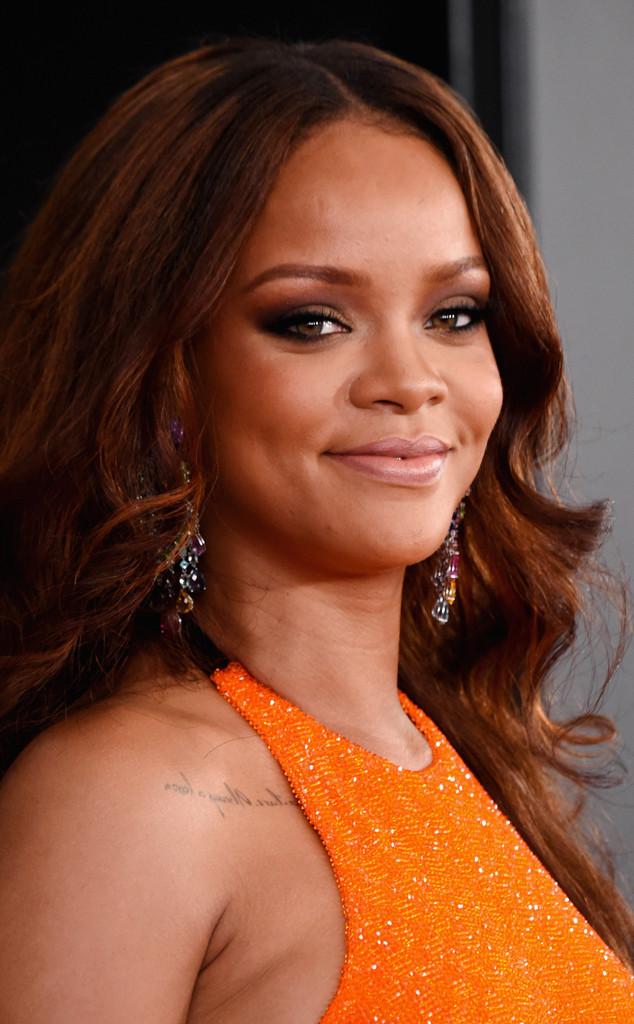 ESC: Grammy Pro Beauty, Rihanna