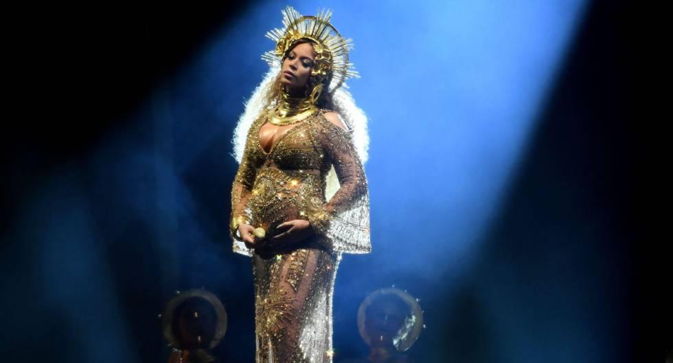Beyoncé, durante su actuación en los premios Grammy del pasado domingo.
