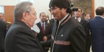 ¿Qué diablos hace Evo en Cuba?