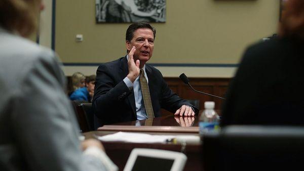 FBI y la NSA desmienten que Obama espió a Trump