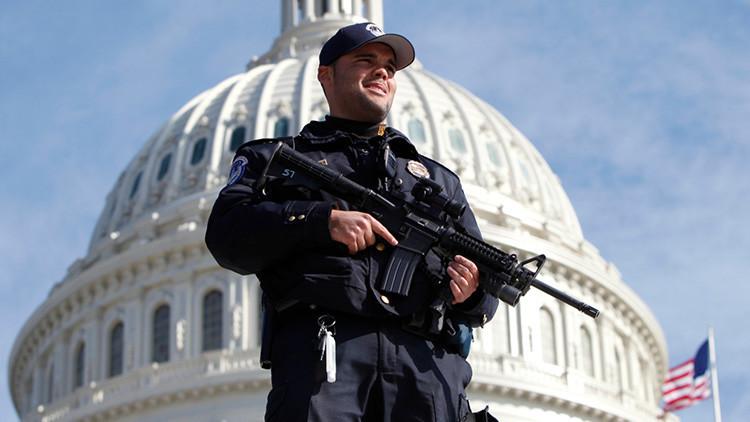 Balacera cerca del Congreso de EE.UU.(Tuits)