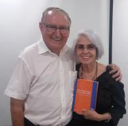 Padre Nicolás Castellano junto a Susana Seleme