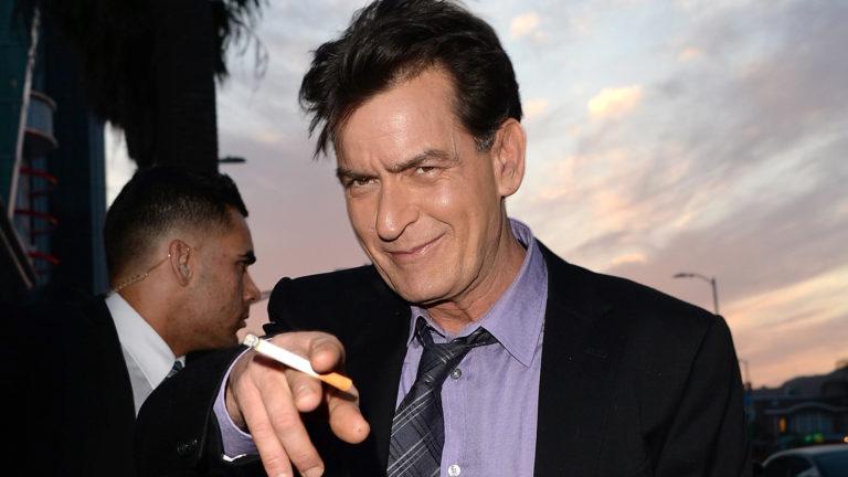 """""""Tienen HIV y lo esconden"""" Charlie Sheen habla de otros famosos contagiados"""