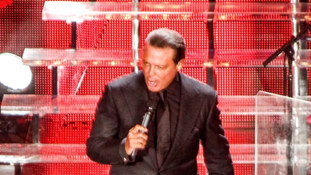 Luis Miguel, durante un concierto en 2015