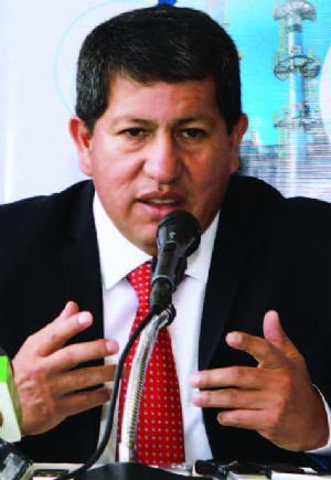 Caso taladros: Sánchez revela que Achá no firmó el contrato entre YPFB y Drillmec