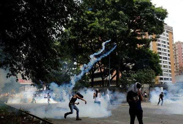 El chavismo repremió a los manifestantes opositores en Caracas y el resto del país (Reuters)