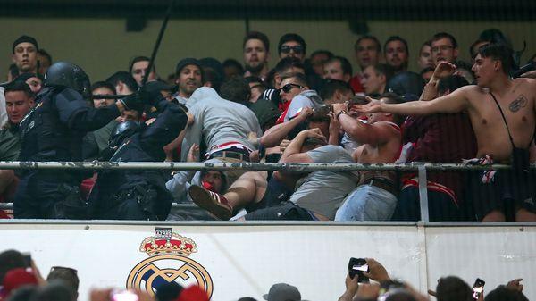 Bayern pide a Merkel que interceda por altercado con policía de España