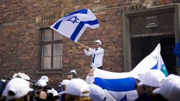 Israel y Polonia recuerdan a los judíos asesinados en Holocausto