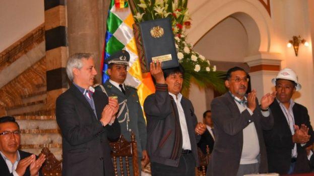 Ahora tenemos un Estado que no es sumiso al imperio — Evo Morales