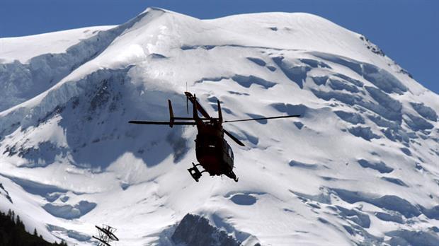 Mueren tres esquiadores por avalancha en Alpes franceses