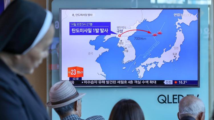 Publican imágenes del lanzamiento de misil balístico intercontinental norcoreano (VIDEO)