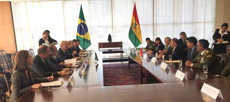 Reunión entre las delegaciones de Brasil y Bolivia