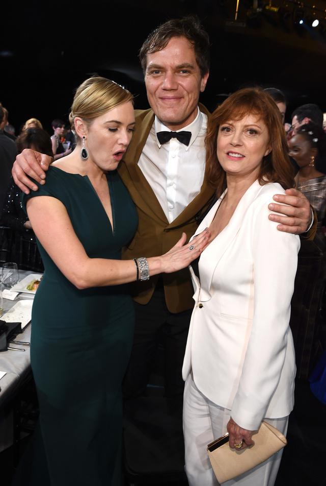 Kate Winslet también celebró el escote de Susan.