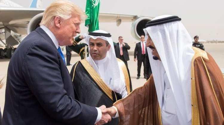 El rey de Arabia Saudita, Salman bin Abdulaziz Al Saud, y Donald Trump suscribieron acuerdos militares por un valor de USD 110.000 millones (Reuters)