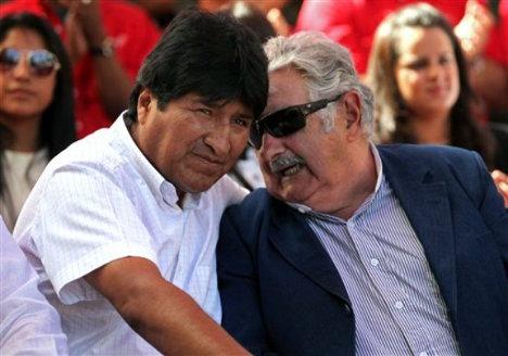 """Resultado de imagen de Morales saluda a """"Pepe"""" Mujica"""