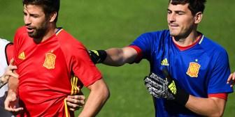 Casillas emuló a Piqué con un tuit