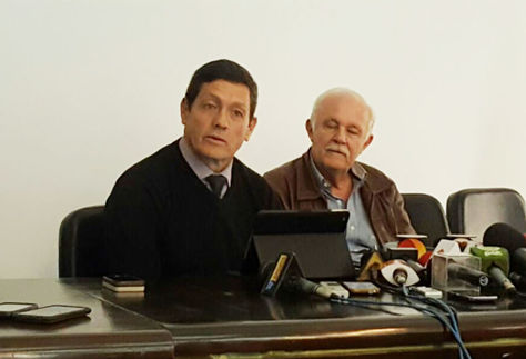 Mauricio Soria, seleccionador nacional junto a Marco Peredo, presidente interino de la Federación Boliviana de Fútbol (FBF).