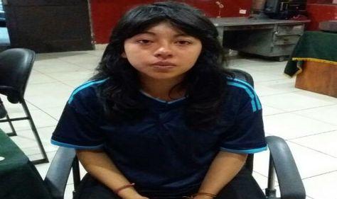 Xiomi Morelia Lema, en dependencias de la Policía del Perú.