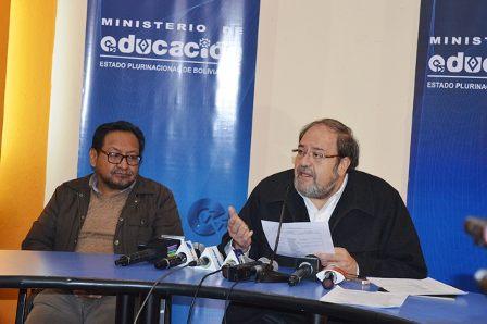 Resultado de imagen de Ministro de Educación pide a maestros rurales presentar propuesta para acceder a compulsas