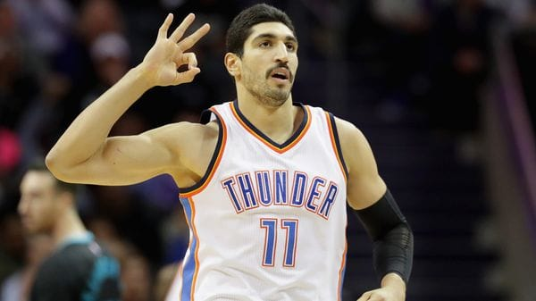 Ordenaron detener al turco Enes Kanter, estrella de la NBA (Getty Images)