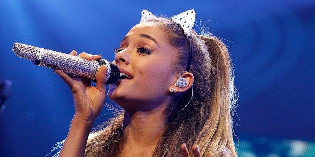 Ariana Grande visita a sus fans ingresados en Manchester