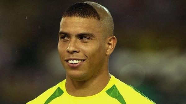 Ronaldo contó por qué lució el corte de cabello