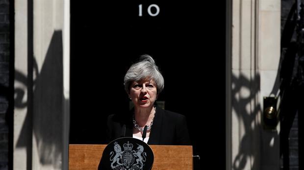 Theresa May dijo que combatirá el terrorismo