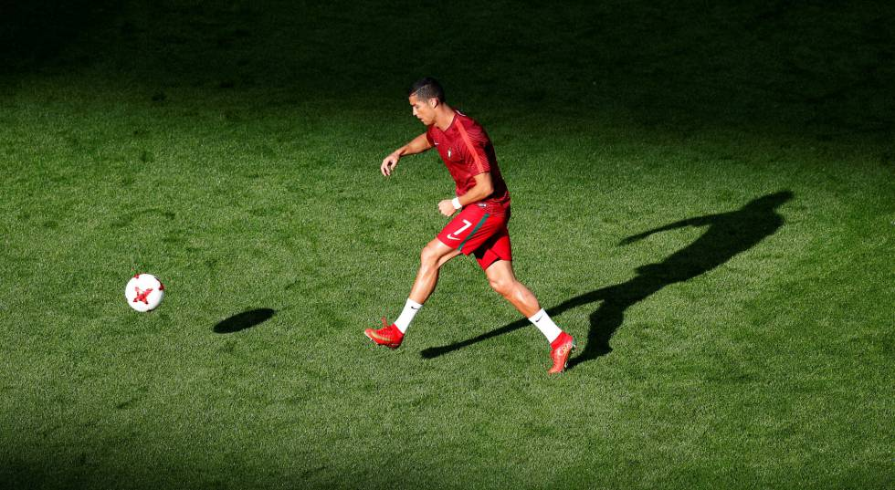 Cristiano Ronaldo, durante un entrenamiento con Portugal.