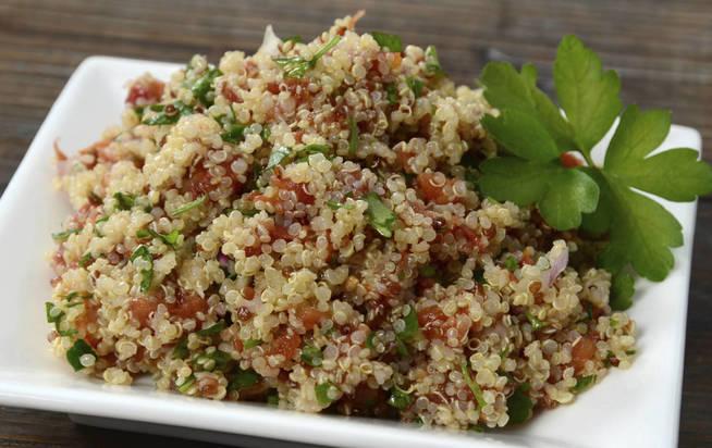 Ensalada de quinoa. (iStock)