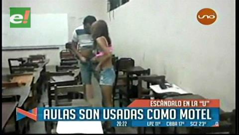 ¿Qué estarían estudiando? Sorprenden a dos estudiantes de la René Moreno intentando tener relaciones sexuales