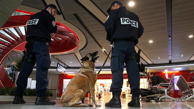 Evacúan el aeropuerto Charles de Gaulle de París por una