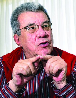 Fernández denuncia que demoran en su apelación