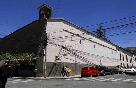 Afueras de la cárcel de San Pedro en La Paz. Foto: La Razón - archivo