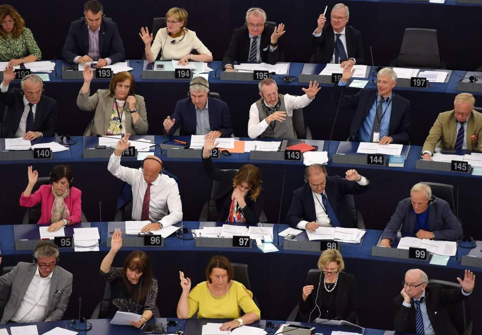 UE y Japón alcanzan acuerdo de libre comercio — VENEZUELA