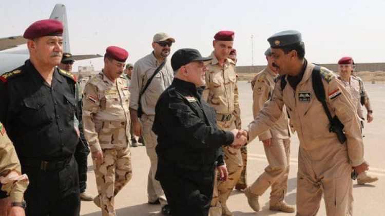 El premier arribando a Mosul para el momento de la victoria (@HaiderAlAbadi)