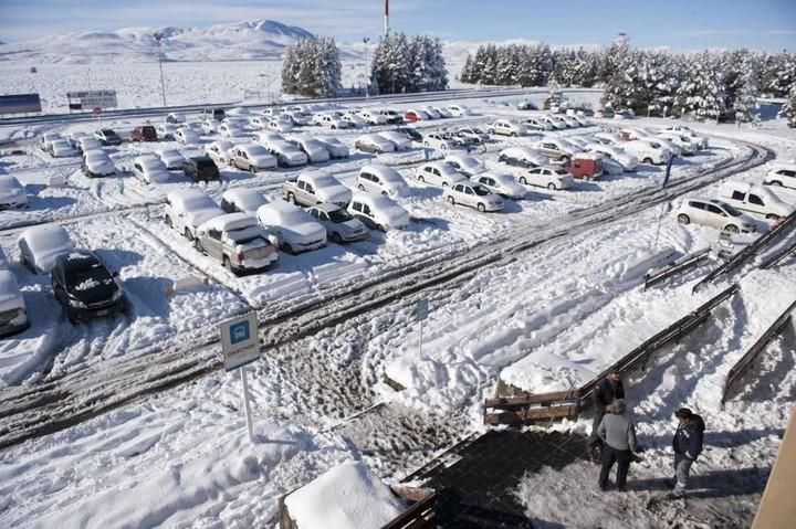 Despistó de un avión privado en Bariloche — Aterrizaje