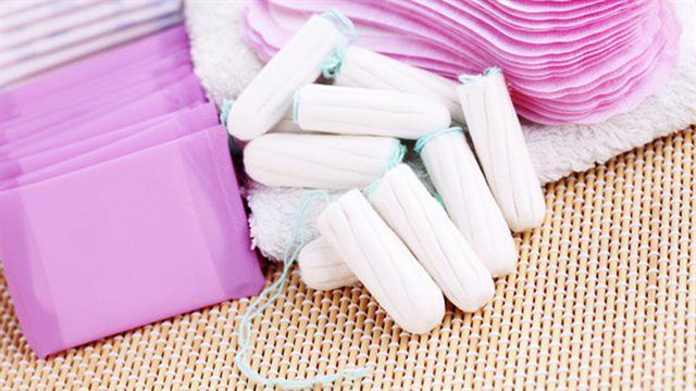 El proyecto de ley busca la eliminación del IVA y la provisión gratuita de artículos de higiene menstrual a mujeres de bajos recursos