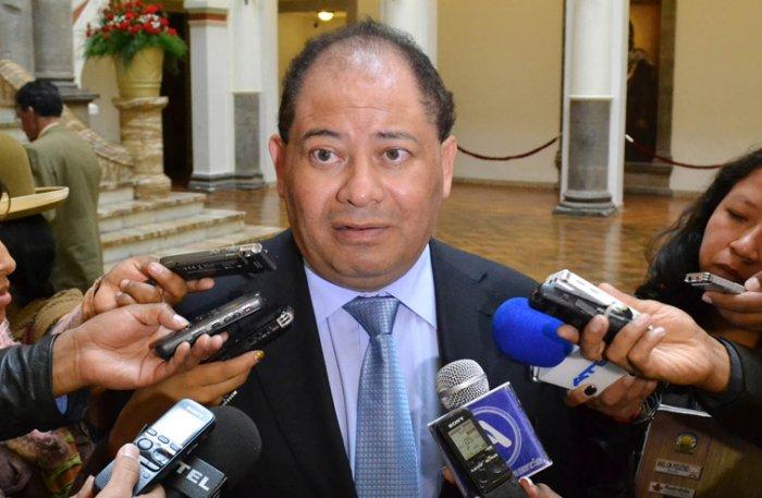 Resultado de imagen de El ministro de Gobierno, Carlos Romero,
