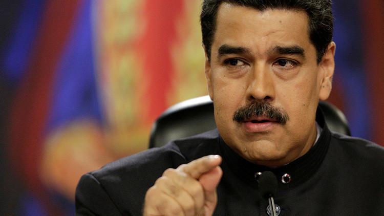 Maduro tilda a Peña Nieto de