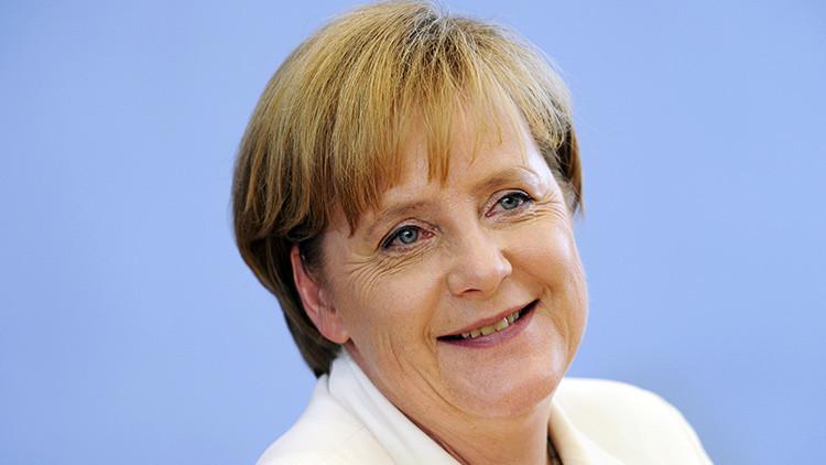 Insólito: Merkel se lleva por quinto año la misma ropa a sus vacaciones (FOTOS)