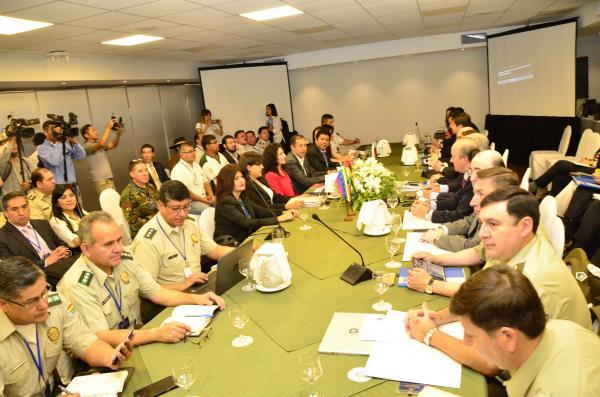Policías de Bolivia y Chile agendan reuniones en Arica