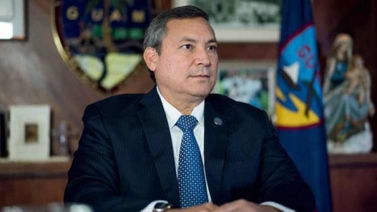 Eddie Calvo, gobernador de Guam.