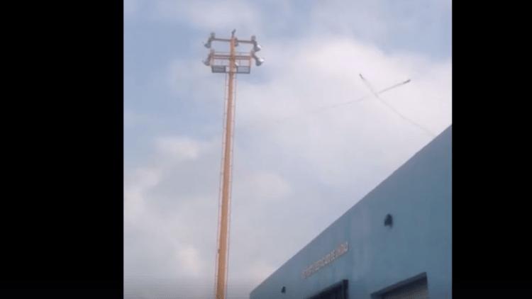 VIDEOS: Dos aeronaves del Ejército mexicano chocan mientras efectuaban prácticas acrobáticas