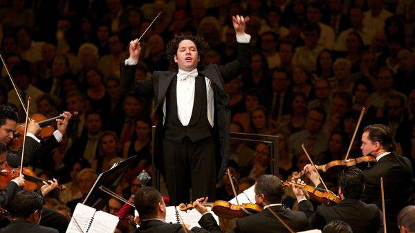 Despacho de la presidencia suspende gira de Gustavo Dudamel
