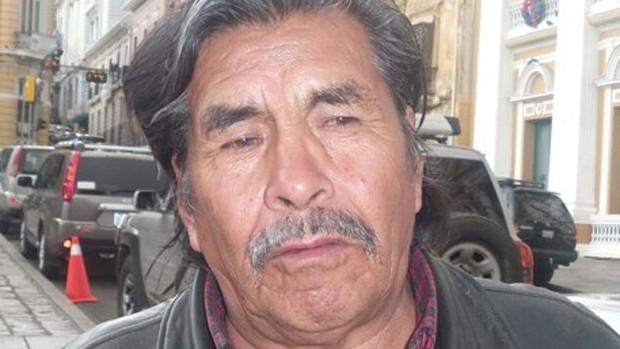 Achacachi: Ministro afirma que hay armas en puntos de bloqueo